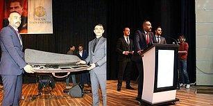İnceleme Başlatıldı:  Selçuk Üniversitesi'nde Düzenlenen Etkinlikte 'Tüfek' Hediye Edildi