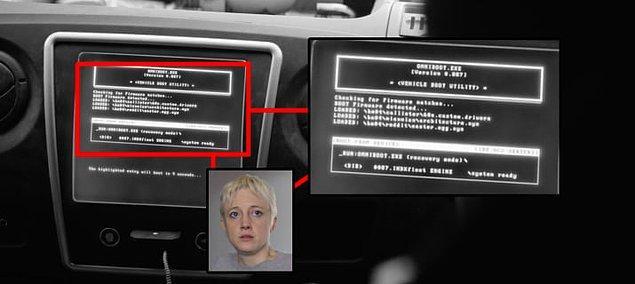 """14. Clarke arama kodunu yazmaya başladığında, bölümünün ana karakterinin ismi olan """"mianolan"""" yazısı ile karşılaşıyoruz."""