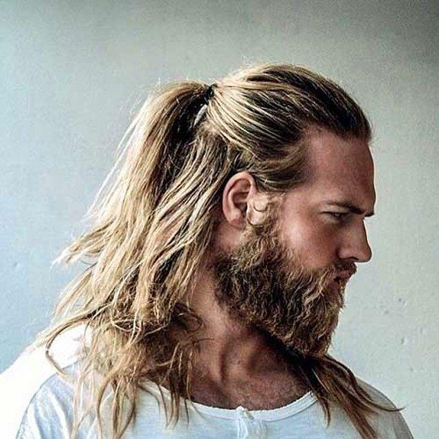 Saçınız tamamen uzadığında en az bunun kadar çekici görüneceğinizi,