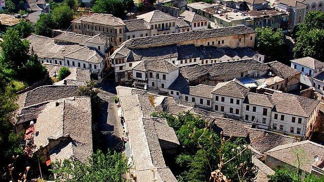 Jirokastra Tarihi Kent Merkezi: Arnavutluk