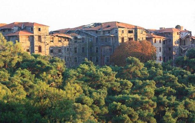 Büyükada Rum Yetimhanesi: Türkiye