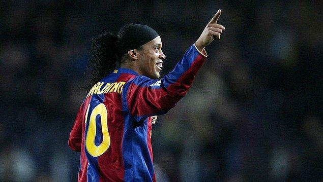 """Ronaldinho'nun veda mektubu: """"Bu güzel hikayenin ilk kısmının sonuna geldik."""""""