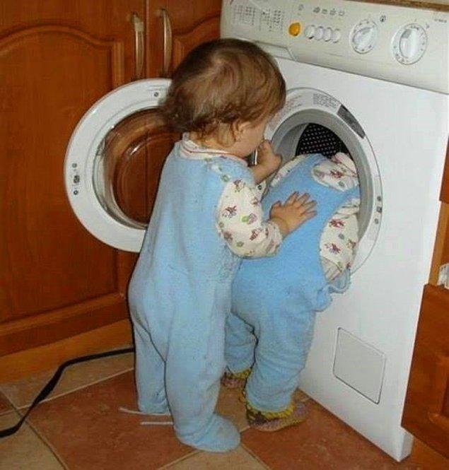 3. Çamaşır makinesi ya da bulaşık makinesi onlar için bulunmaz kaftandır. İçinde huzur mu buluyorlar acaba?