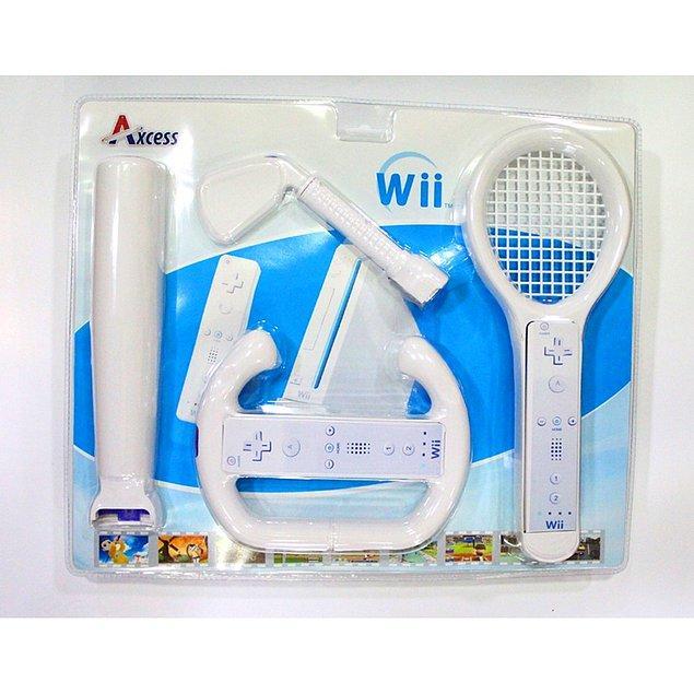 Nintendo, Wii oyun konsolu için de çeşit çeşit aksesuarlar üreterek büyük satış rakamları yakalamıştı.