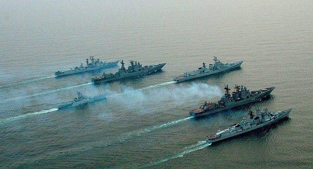 5. Keşif raporlarına göre ülkenin Güney tarafı diğer bölgelere göre daha savunmasız. Oraya en rahat giriş deniz yoluyla sağlanıyor. Nasıl yapacaksın?