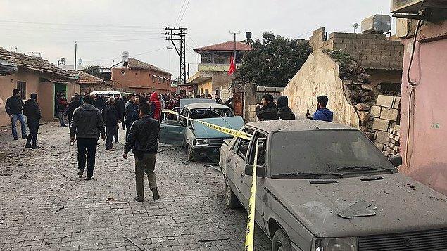NTV canlı yayınına bağlanan Reyhanlı Belediye Başkanı, olayda bir kişinin hayatını kaybettiğini, 2'si ağır 32 kişinin de yaralandığını ifade etti.
