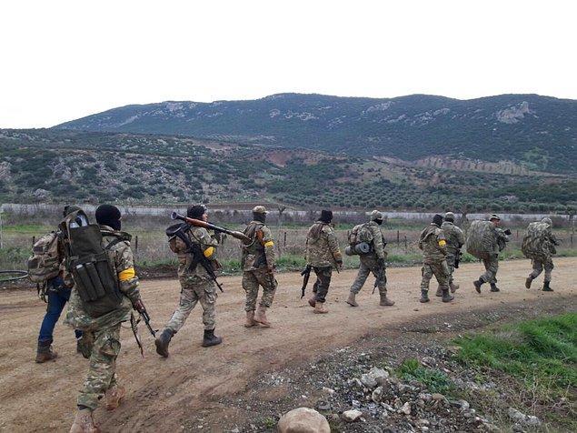Sabahın erken saatlerinde ÖSO kara harekâtı başlattı