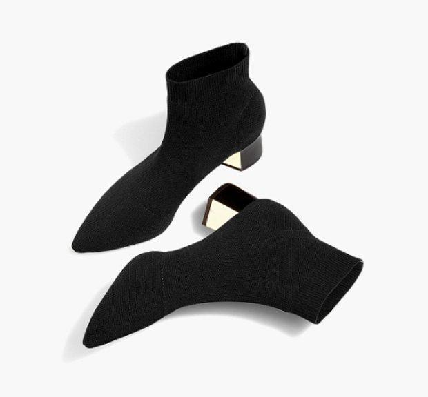 Siyah çorap tipi topuklu bilekte bot