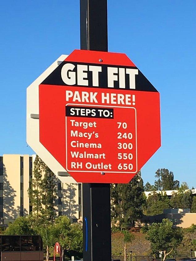 15. Hangi mağazaya kaç adım uzakta olduğunuzu gösteriyor bu tabela, bu noktada park edip yürümeniz için sizi cesaretlendiriyor.