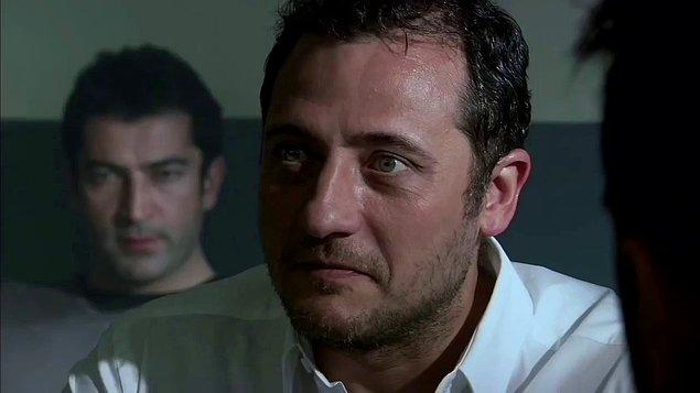 1. Cengiz'le başlayalım. Ezel'in tehlikeli adamı Cengiz, şaşırınca hep şunu söyler...
