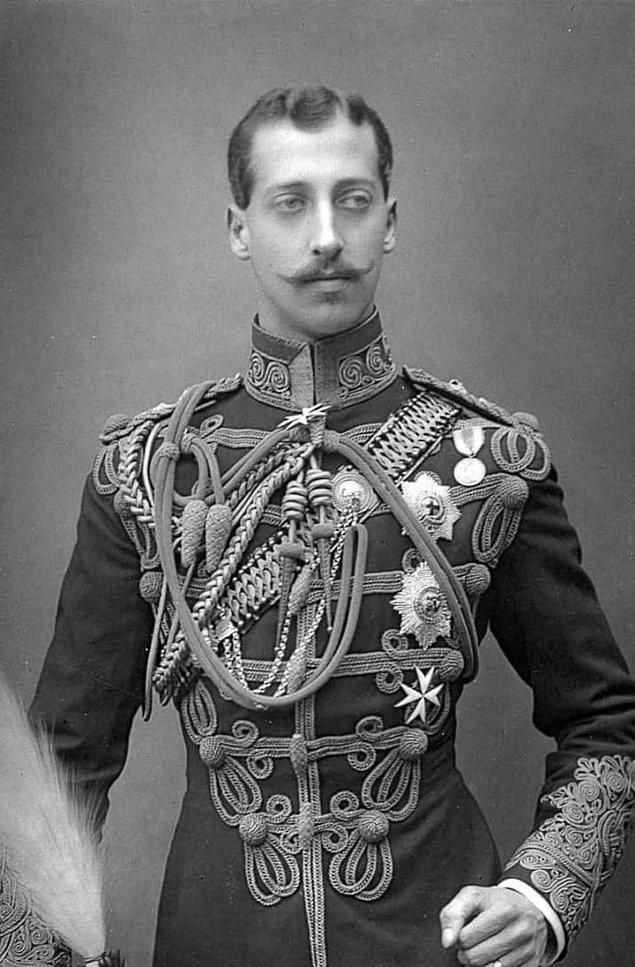 12. Beşinci şüpheli Prens Albert Victor Christian Edward. Bu katilin kraliyet ailesine mensup olduğunu ileri süren bir komplo teorisiydi.