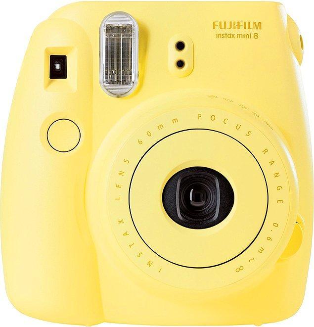 2. Birlikte çekildiğiniz tüm fotoğraflar evinizin hatta hayatınızın her yerine saçılsın!