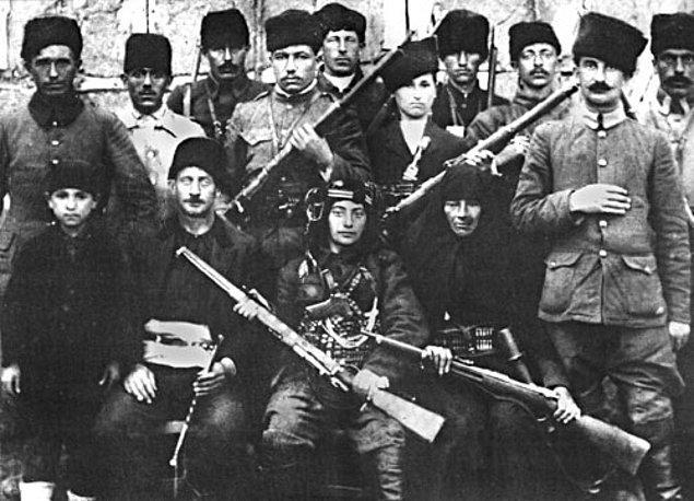 Fakat kağıt üstündeki hesaplar tutmamıştı. 15 Mayıs 1919'da İzmir'in işgalinde yaşanan vahşeti gören Türk halkı, silahlı savunmadan başka bir seçenek kalmadığını düşünmeye başladı.
