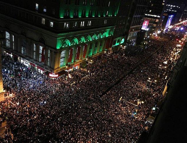 Şampiyonluk Philadelphia sokaklarında coşkulu bir şekilde kutlandı.