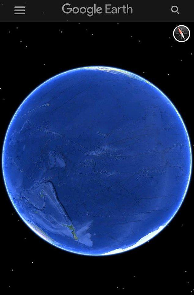 2. Okyanuslar ile ilgili pek sık oturup düşünmediğimiz ya da konuşmadığımız ortada ama bakınız örneğin burası Pasifik Okyanusu. Çok büyük değil mi?