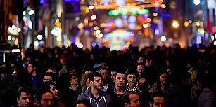 Kamuoyu Araştırması: Türkiye'de Halkın Başlıca Gündemi 'Terör ve Ekonomi'