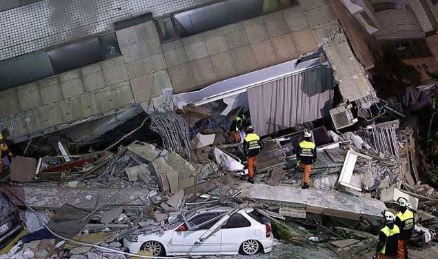10. Önceki gece meydana gelen son deprem, 2016'da 117 kişinin ölümüne yol açan 6,4 büyüklüğündeki depremin ikinci yıl dönümüne denk geldi.