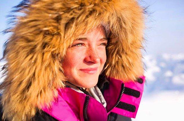 Daha önce Kuzey Kutbu'nda kayak yapmış olsa da, cinsiyetinden dolayı onu hafife alanlar olmuştu. 😠