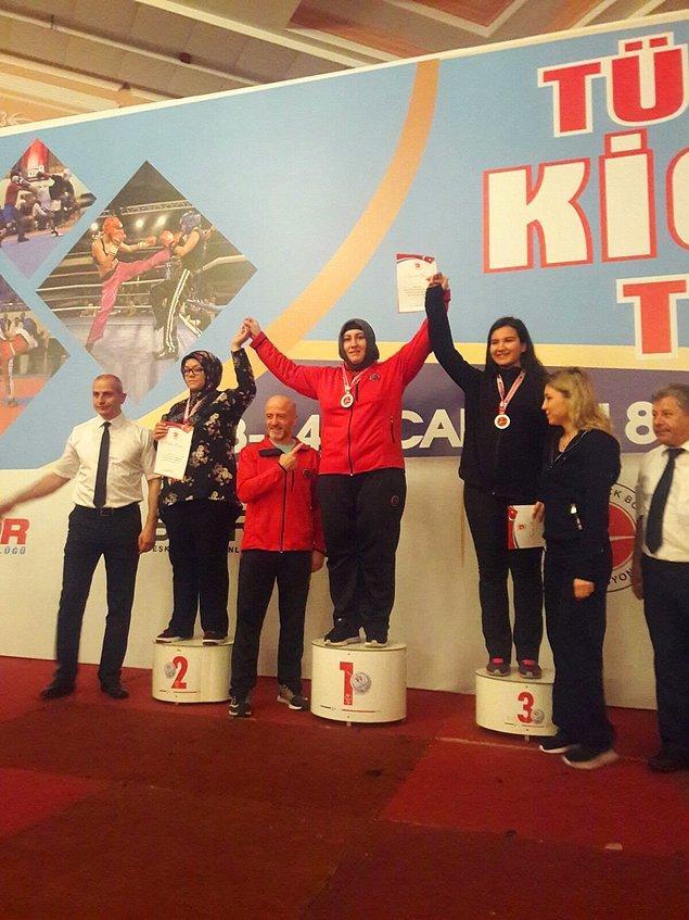 Türkiye Açık Kick Boks Turnuvası'na katıldı.