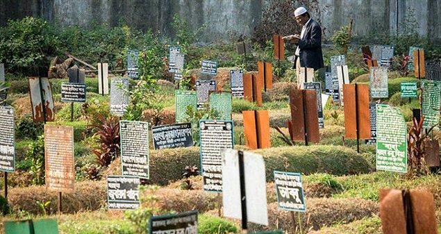 Yetkililer vatandaşlara, aile üyelerini atalarının köylerine gömmelerini tavsiye ediyor.