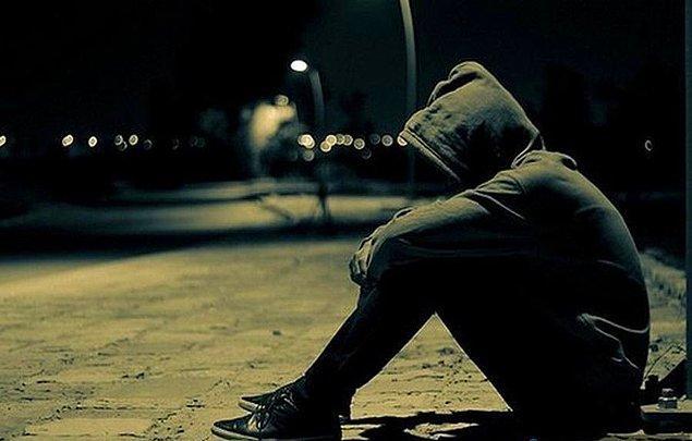 7. Mutsuz olduğunda genellikle ne yaparsın?