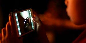 YouTube'daki Cesaret Videoları Yeniden Tartışılıyor: 7 Yaşındaki Çocuk İçine Deodorant Çekerek Hayatını Kaybetti