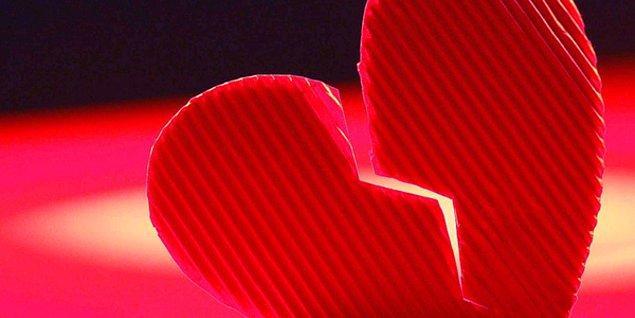 Bilemezdin kalbini parçalayan kişinin, aslında en yakının olabileceğini!