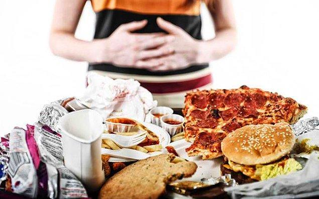 13. Duygusal her anında kendini yemeğe veriyorsan: