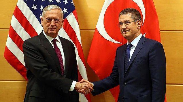 Milli Savunma Bakanı Nurettin Canikli ile ABD Savunma Bakanı James Mattis, NATO Savunma Bakanları Toplantısı kapsamında Brüksel'de bir görüşme gerçekleştirdi.