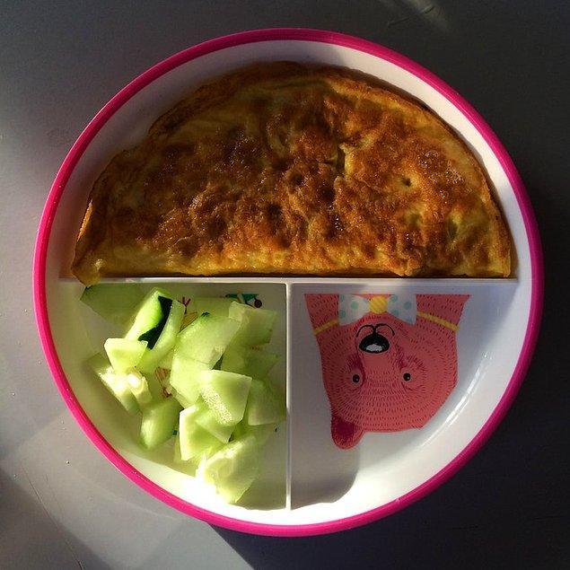 17. Beslenme çantası ve omlet.