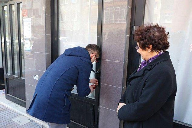Savcılıktan alınan iznin ardından çilingir yardımıyla iş yerinin kapısı açıldı.