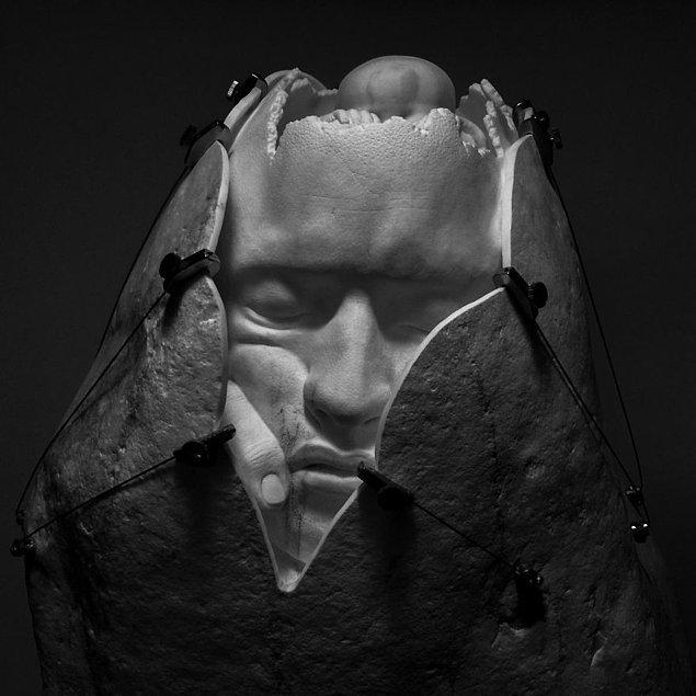 Detayların yoğunlukta olduğu heykeller, sanatçının büyük titizlikle çalıştığını kanıtlar nitelikte. 🤗👏