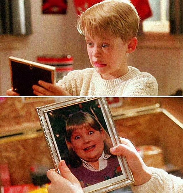 12. Evde Tek Başına filminde Kevin, Buzz'ın eşyalarını karıştırırken kız arkadaşının bir fotoğrafını bulunca bir köpek gibi 'Hav hav' sesi çıkarıyor.