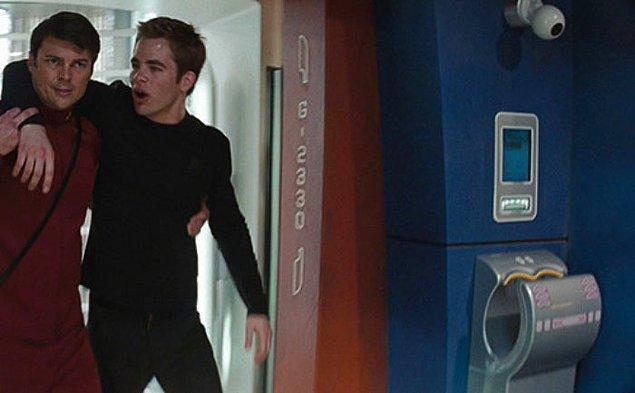 19. 2009 yılı yapımı Star Trek'te Dyson el kurutma makineleri kullanılıyor.