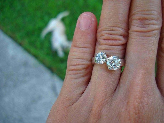 1. 2018'in nişan yüzüğü trendi ile tanışın, çift taş yüzükler!