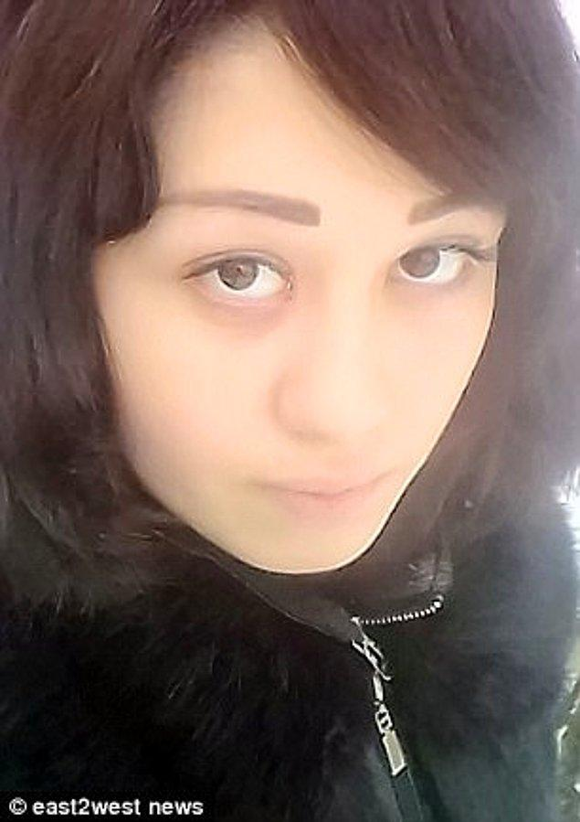 Onegina'nın sosyal medya hesabında ise 'Şu hayatta yalnızca 3 şey istiyorum: Seni görmek, sana sarılmak ve seni öpmek.' yazıyordu.