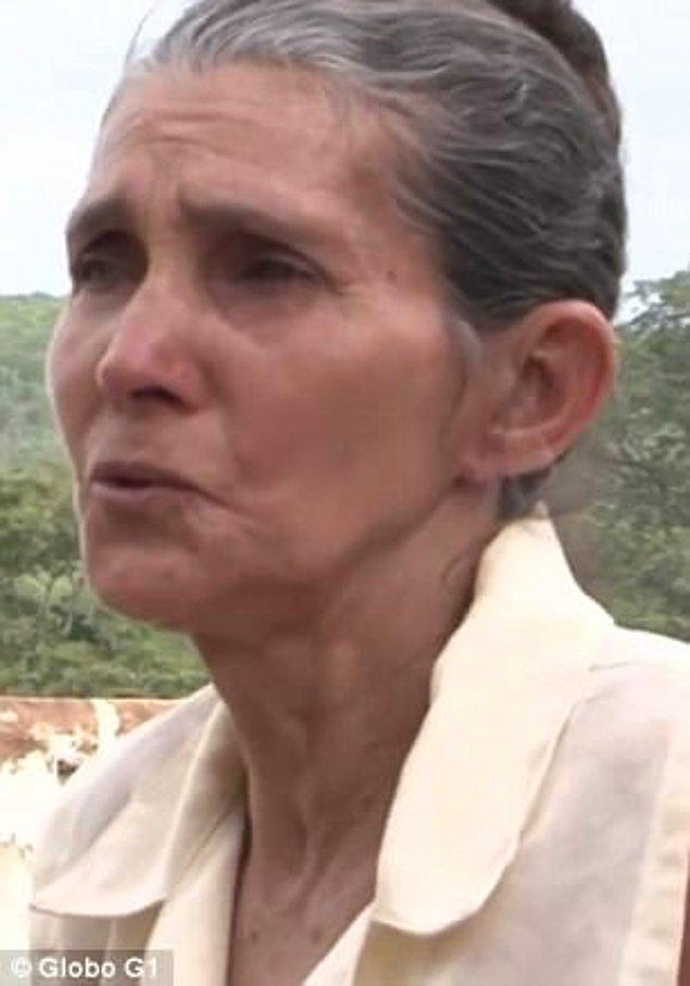 Bir sonraki gün Senhora Santana mezarlığına gömüldü.