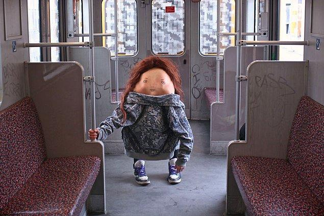 Berlin; U-Bahn Metrosu