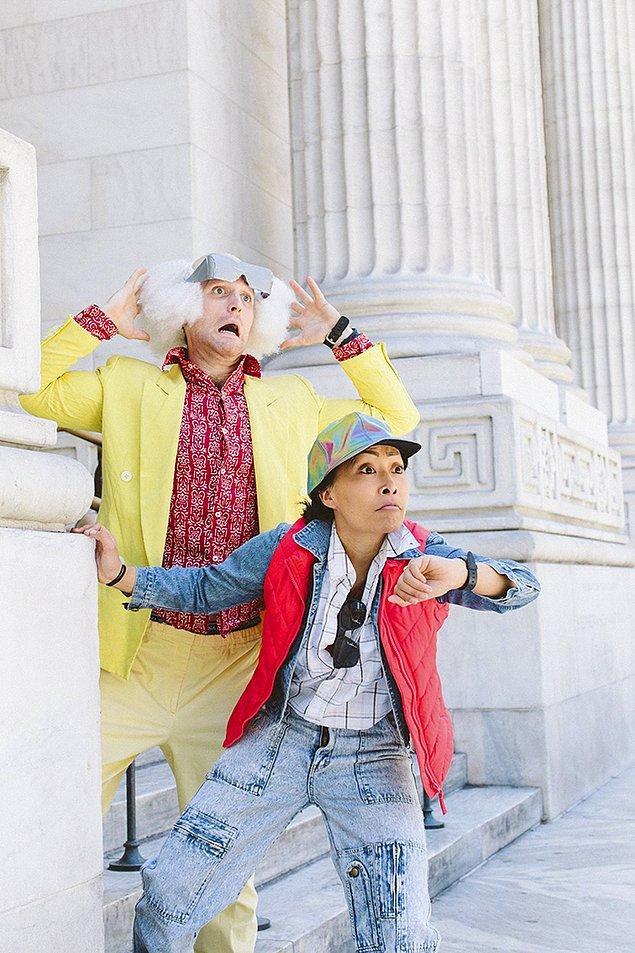Nişan fotoğrafları için favori karakterlerinin kılığına giren Jackie ve Nate çifti kamera karşısına geçince, ortaya çıkan kareler şimdiden binlerce beğeni topladı bile!