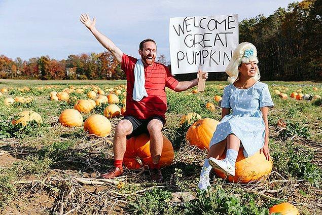 """""""It's The Great Pumpkin, Charlie Brown""""dan Linus ve Sally"""