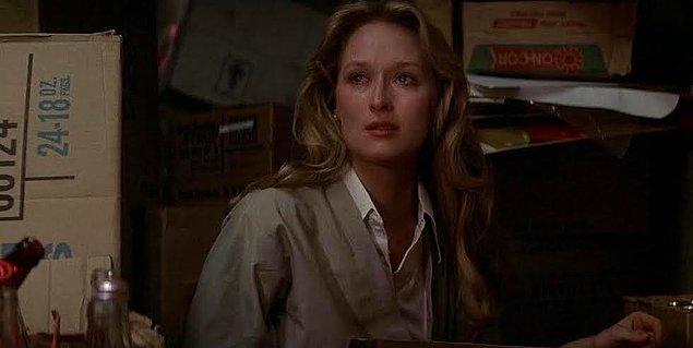 1. Meryl Streep, rol aldığı ikinci uzun metraj filmi olmasına rağmen yeteneğini kanıtlayarak 1979 yılında Avcı adlı filmiyle ilk kez Oscar adaylığını elde etmişti.