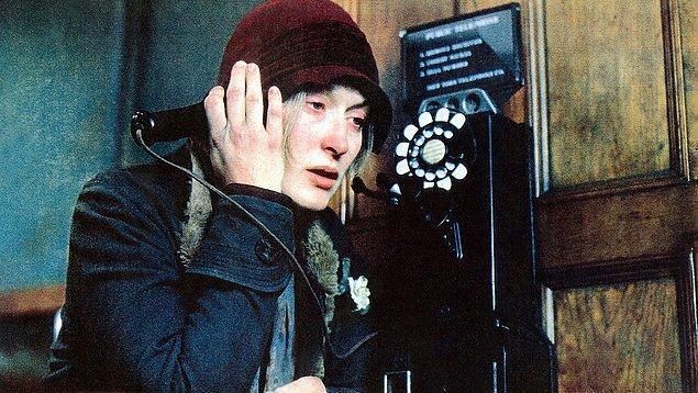 7. Bir rolü diğerine benzemeyen, farklı işlerde mucizeler yaratan Streep, Büyük Bunalım yıllarında geçen bir dönem filmi olan Sonsuz Matem ile 1988 yılında yedinci kez Oscar'a aday oldu.
