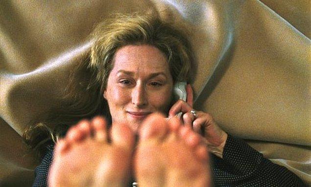 """13. 23 yıl sonra ilk kez yeniden """"En İyi Yardımcı Kadın Oyuncu"""" dalında Oscar'a Tersyüz filmiyle aday gösterildi. 2003 yılında elde ettiği bu adaylık Streep'in on üçüncü adaylığı oldu."""