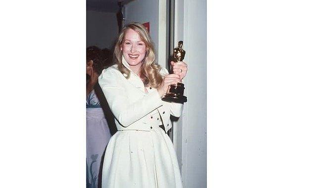 Öyle ki bu adaylığı ona ilk Oscar'ını getirdi! 1980 yılında kucakladığı Oscar heykelciği ikinci adaylığında tam isabet oldu...