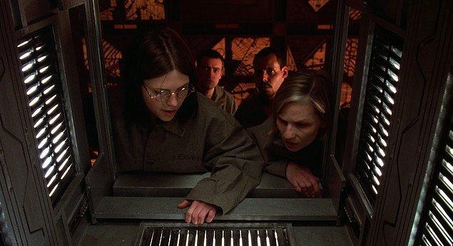 2. Küp / Cube (1997)