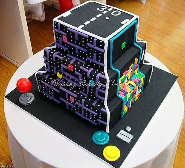 14. Pac-Man / Pong / Tetris