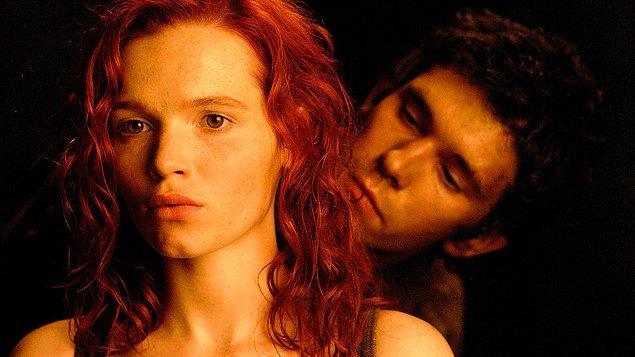 """14. Patrick Suskind romanı """"Koku"""", film uyarlamasının ardından bu kez de dizi olarak uyarlanıyor!"""