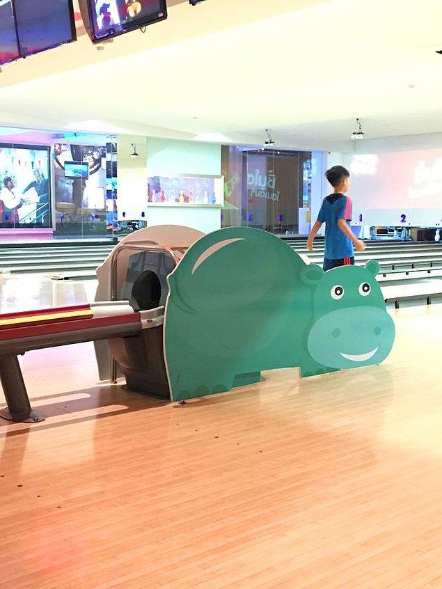 8. Bangkok'da bowling 👇