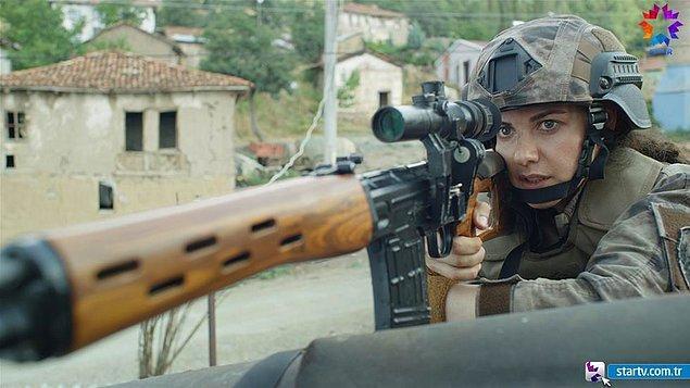 Dizide, 2014 baharında Türkiye'de sınırda artan düşmanlar ve içerideki tehlikelerin çoğalması sonucu, Türkiye Cumhuriyeti'nin karşı karşıya kaldığı tehditlerle BÖRÜ timinin mücadelesi konu alınıyor.