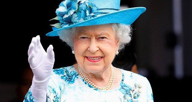 3. Kraliçe 2. Elizabeth günde 4 alkollü içecek içiyor. Öğle yemeğinden önce cin, öğle yemeğinde şarap, akşam yemeğinde martini, yemekten sonra ise 1 bardak şampanya.